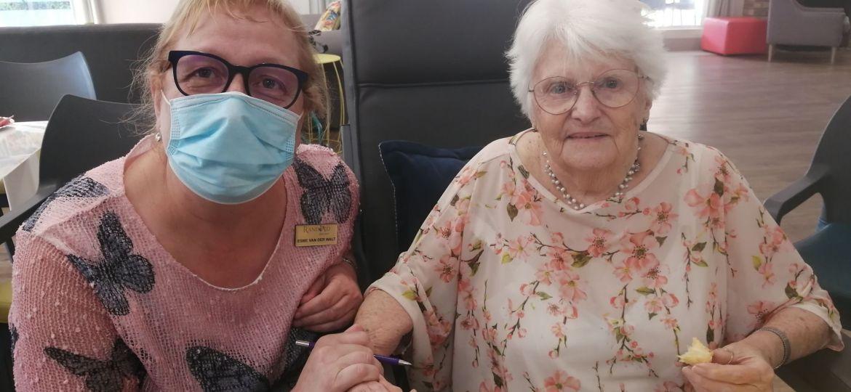 Esme Van Der Walt, MODA manager, with Linda Web.